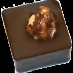 ROCHER NOIR : praliné amandes, noisettes entières caramélisées